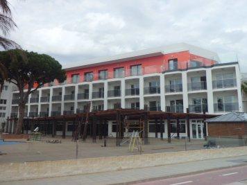 Hotel Centurión Fachada Interior Piscina (2)