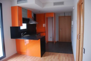 Edificio de 10 viviendas con planta sótano aparcamientos y zona comunitaria con piscina (3). Segur de Calafell (Tarragona)